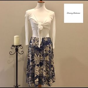 Beautiful Tommy Bahama island print skirt